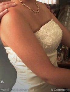 Size 8 Wedding Gown A-line style