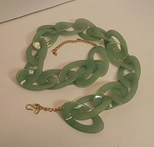 WONDERFUL Vtg Kenneth Lane KJL Womens Green Plastic LInk Belt w/ Gold Chain Mod
