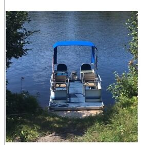 16 ft pontoon boat with motor