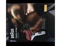 BNIB Braun HD770 Satin-Hair 7 Hair dryer