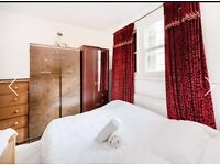 Nice Double Rooms to Rent in a stunning 2 bedroom Flat in Stepney Green