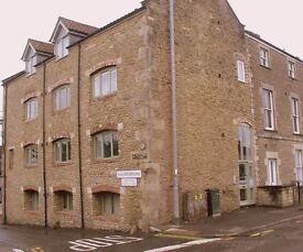 Modern one bedroom apartment set in a listed building in Frome, five minutes walk from the centre