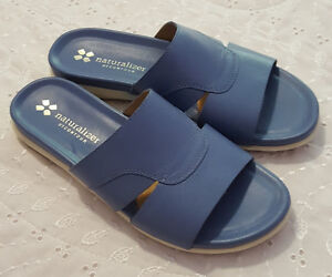 NATURALIZER brand blue sandals (Size 7W) NEVER WORN