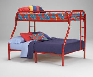 BRAND NEW - TWIN / FULL METAL BUNK BED