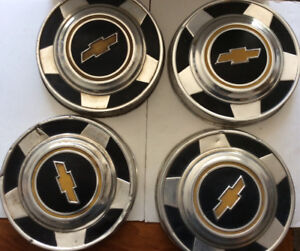 "4 x OEM GM 10.5"" BOW TIE HUB CAPS 1973-1987 CHEVROLET 4X4 TRUCK"
