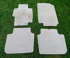 Wanted Accord Floor mat (s) 2003 - 2007 Accord Sedan ivory color Kitchener / Waterloo Kitchener Area image 2