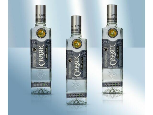 """Vodka """"Svayak"""" STRONG 45%, 500ml Водка """"Свaяк"""" крепкая Russischer Wodka"""