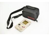 Nintendo Game Boy Classic (for parts/spare) + original Bag
