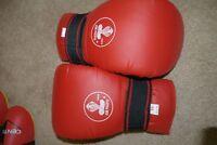 Tourna Chop Vinyl Red Gloves and footwear (Karate wear)