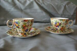 Vintage/Collectable Footed Tea Cup & Saucer Set  50.00 ( 2 Sets) Gatineau Ottawa / Gatineau Area image 5