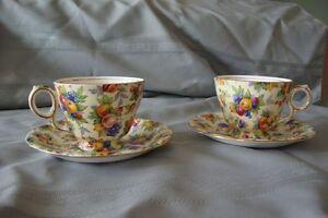 Vintage/Collectable Footed Tea Cup & Saucer Set  50.00 ( 2 Sets) Gatineau Ottawa / Gatineau Area image 5