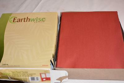 Lot 39 Earthwise Oxford 100 Recycled Paper Twin Pocket Folders -red
