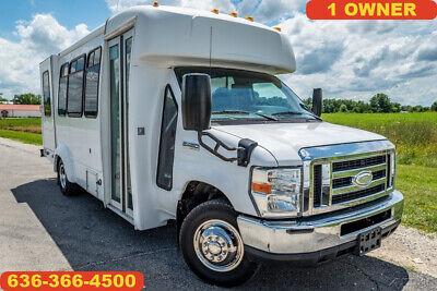 2014 Ford E450 shuttle transportation church party bus handicap access camper