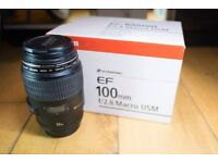 Canon Lens ef 100mm 2.8 Macro USM - Mint condition