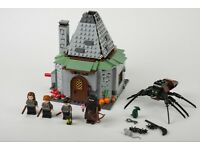 Lego 4738 Hagrid's Hut with 4 minifigs