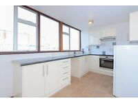 4 bedroom house in Rowland Close, Wolvercote, Oxford