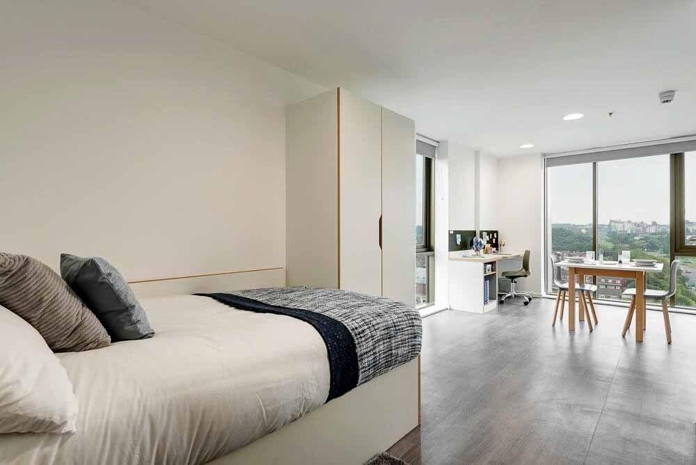 City Centre Student Accommodation Byrom Point Bronze Studio Apartment Liverpool