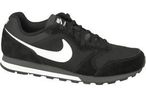 size 40 d1277 83f4a Nike MD Runner 2 Running Shoes Trainers Black White 749794-010 Air ...