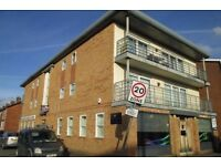 Modern, spacious and clean 2 bed flat in central Withington