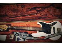 Squier Vintage Modified 70s Jazz Bass