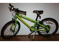 Great condition Isla bike Beinn 20 Small Boys Girls in Lime Green Islabikes from approx 5 years plus