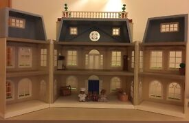 Sylvanian hotel, furniture/family