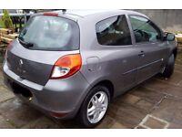 1 owner low mileage 2010 Renault Clio 1.2 Petrol (3 door) - Service & MOT March 18 good tyres £2850