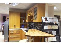 Solid Oak Shaker X Display Kitchen