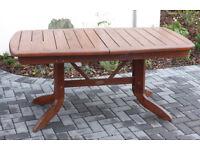 Garden table extendable