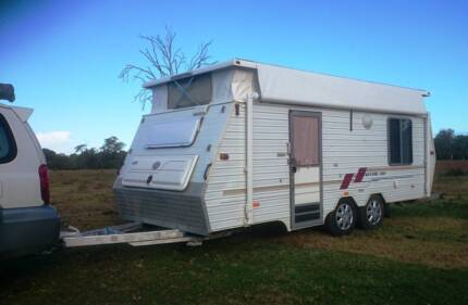1997 COROMAL POPTOP CARAVAN, ROLLOUT AWNING, ISLAND BED, AIR CON, Brisbane City Brisbane North West Preview