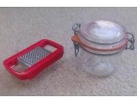 Mini grater & small airtight storage jar