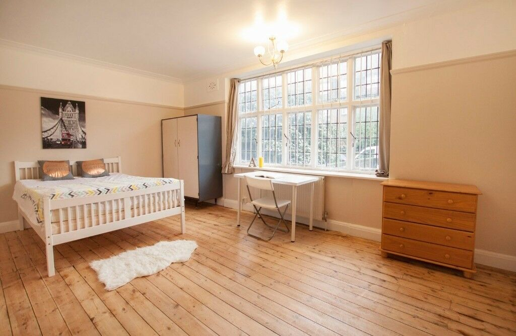 ***** LOVELY DOUBLE ROOM IN GOLDERS GREEN - SINGLE USE *****