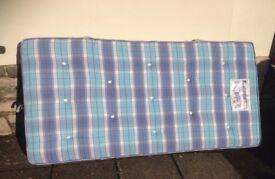 Single mattress , 3 foot , Slumberland