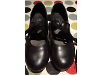Tap shoes RV. Size UK 3. Heel & Toe taps.