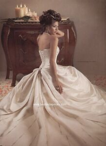 Maggie Sottero Wedding Dress  w/ matching fabric clutch !
