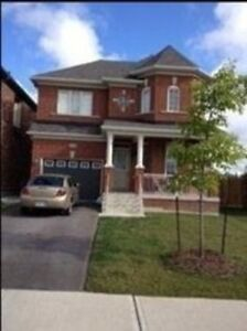 Detached Home For Lease In Newmarket