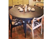 Fantastic shabby chic extendable dining table and 4 chairs! Looks fantastic!!!