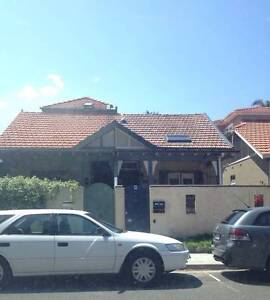 Queen room, rent in amazing house Manly inc bills & Wifi Manly Manly Area Preview
