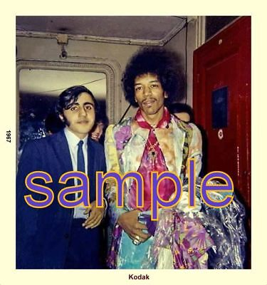 JIMI HENDRIX AMAZING PHOTO WITH FAN AMAZING OUTFIT DRY CLEANING IN HAND 5x5
