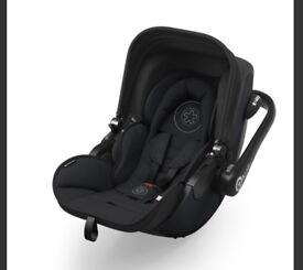 Kiddy Evo Luna isize car seat - with isofix base
