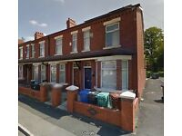 1 STUDENT ROOM AVAILABLE - £90 A WEEK - RUSHOLME AREA