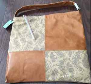 Online garage sale-Brand new HOBO Ellah Handbag $99