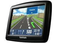 Tomtom xxl with uk & Europe and accessories