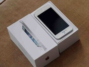 IPhone5 16gb white Sydney City Inner Sydney Preview