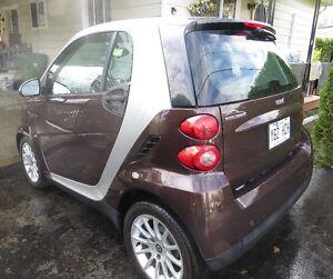 2010 Smart à vendre, en très bon état!!