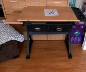 Adjustable Angle art table