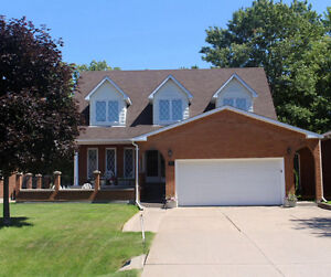 Beautiful 4Br, 3 Bath, 2storey, brick home