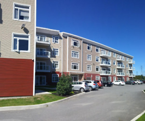 Nice Open Concept Unit Located On The 3rd Floor