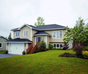 Quispamsis 3+1 Bedroom Home w/ Fully Fenced Yard!