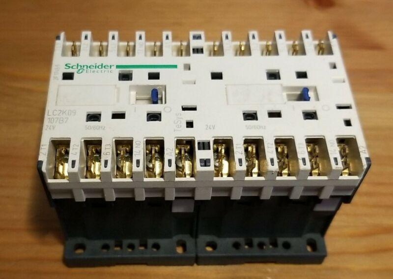 Schneider LC2K09107B7 Reversing Contactor 24V AC 9A 3P 50/60 Hz